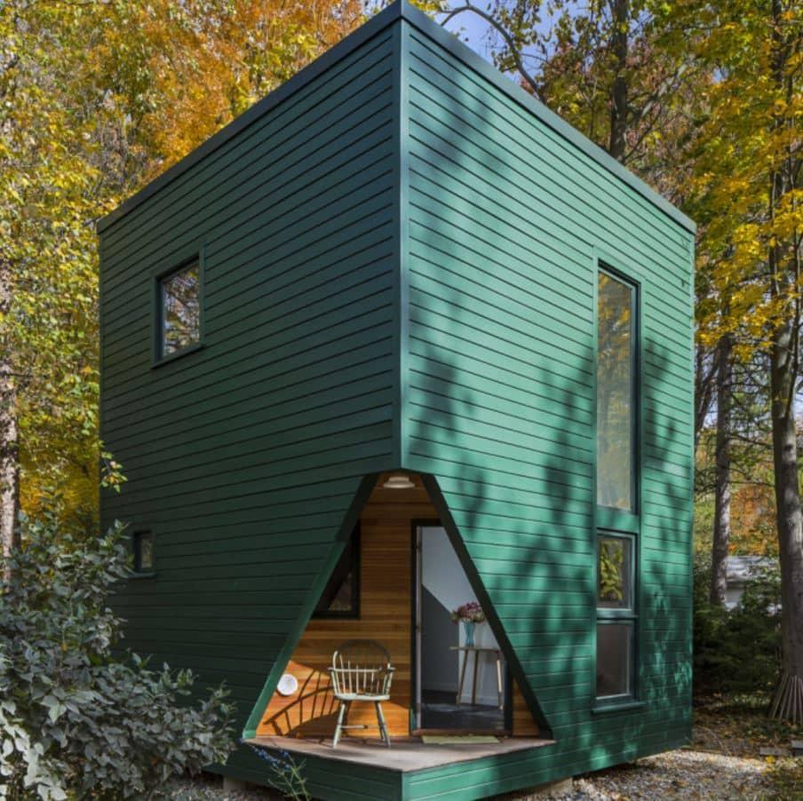 Un diseño cerrado puede aislar los espacios interiores del ruido exterior