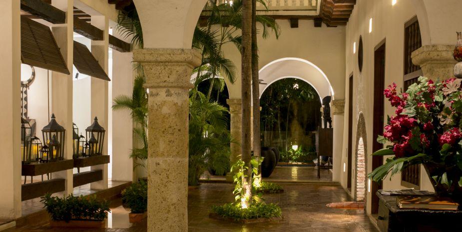 La vegetación interior refresca las habitaciones